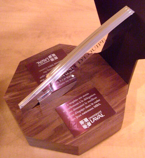 Trophée - Noyer, bronze et aluminium - UL