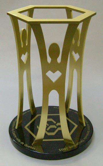Trophée - Feuilles de bronze et granit - Desjardins