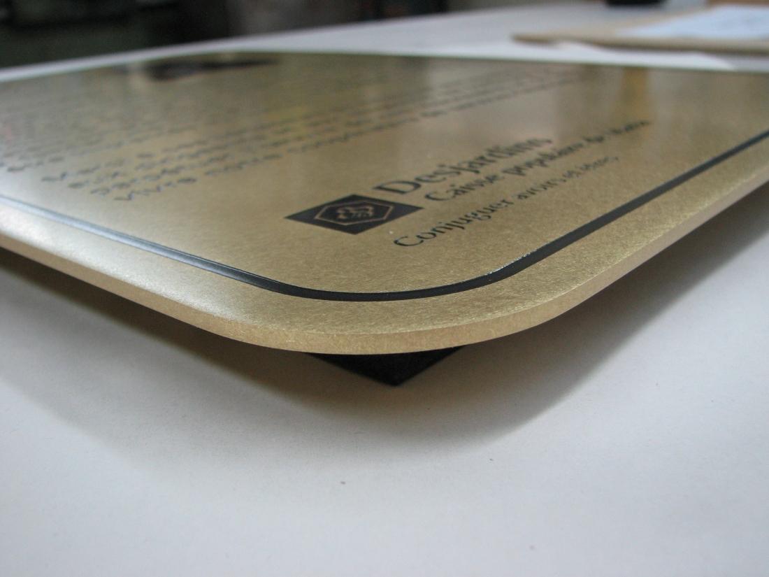 plaque commémorative - muntz gravé - détail coin et gravure